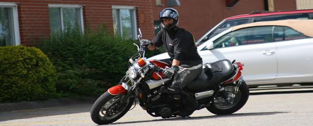 Afin de manipuler une moto de cette façon, il suffit de savoir comment… TOUT LE MONDE PEUT EN FAIRE AUTANT! 😉 « MOTOPRECISION »… Pour préciser votre PASSION! Contactez-nous pour […]