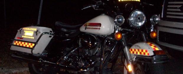 Cet articledémontrera qu'il est possible de faire de vrais freinages d'urgence en courbe, alors que le motocycliste penche sa moto dans la courbe. Il ne sera pas nécessaire de redresser […]
